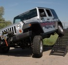 Rough Country 2014 Jeep JK 2.5″ Suspension Lift Kit with 2.2 Performance Shocks